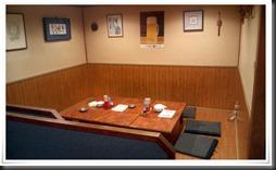 店内奥のテーブル席@喰わんか屋