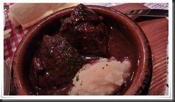 牛ホホ肉の赤ワイン煮@バル8