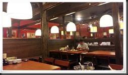 4人掛けテーブル席@ニパチ 八幡駅前店