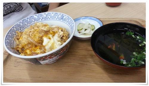 親子丼登場@鶴亀