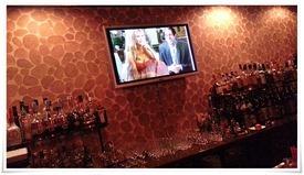 店内中央のモニタ@Dining Bar Liquid