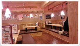 店内奥ののテーブル席@や台ずし 黒崎町