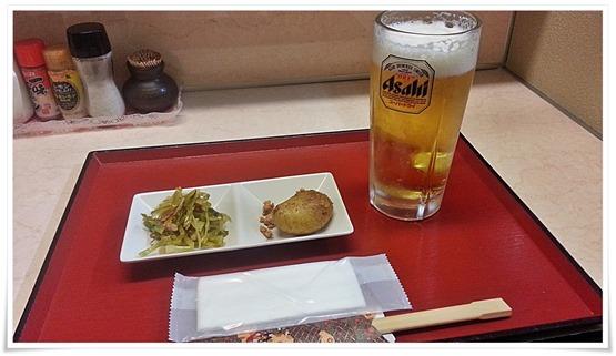 生ビール&小鉢@串揚げ すきっちゃ