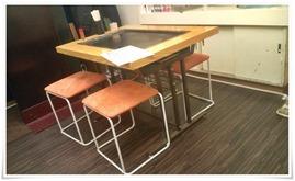 奥のテーブル席@お好み焼・鉄板焼 こうすけ