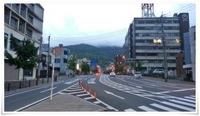 西本町の交差店から@天晴(あっぱれ)