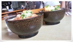 丼が結構深い@うどん屋 米(よね)