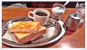 モーニングのトースト@喫茶 VIVO(ビボ)