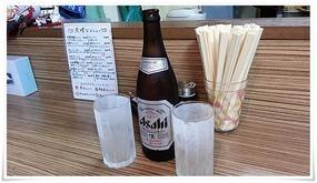 キンキンに冷えたビールとグラス@ラーメン天晴
