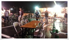 テーブルびしょびしょ@まつり起業祭八幡2014