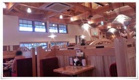 開放感ある店内@コメダ珈琲 北九州桃園公園店