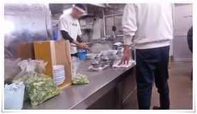 厨房大忙し@元祖長浜屋