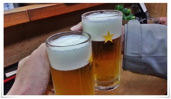 生ビールで乾杯!@餃子の味味