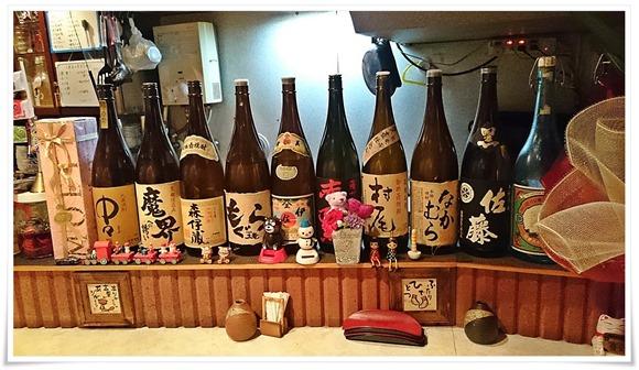 一升瓶の数々@酒処こふじ
