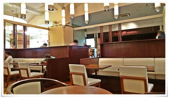 開放感ある店内@イタリアントマトカフェ