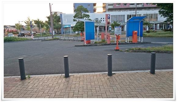 ココではありません@うどん満月 陣原駅前店