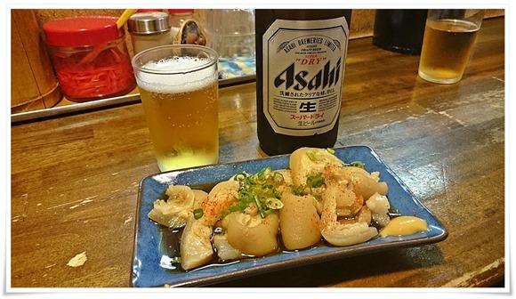 瓶ビールで乾杯@笑味食堂 まねしん坊