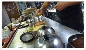 調理開始@鉄板焼鶏 いしちゃん