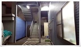 店舗裏の階段@隠れ家ダイニングTOMMY
