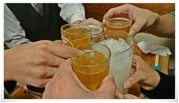 ビールで乾杯@居酒屋ゆたか