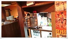 厨房横のテーブル席@宝雲亭 思案橋支店