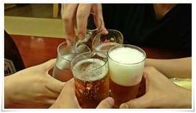 小さく乾杯@餃子の味味(みみ)