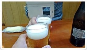 ビールで乾杯@餃子の味味(みみ)