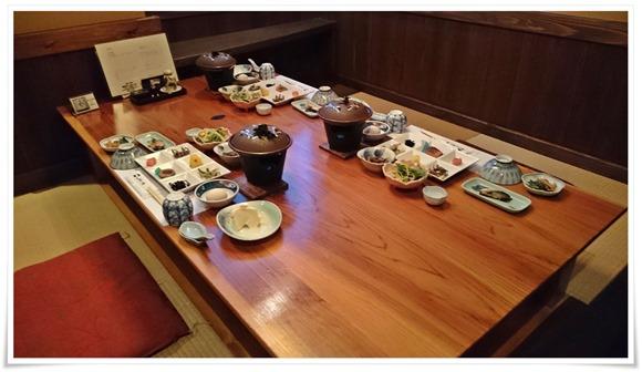 朝食も拾の間@旅館やまの湯