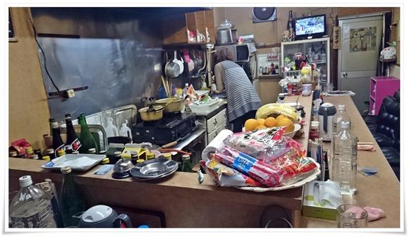 店内の様子@みどり家・城崎屋台街