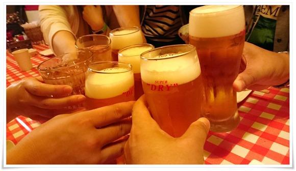 ビールで乾杯@株式会社ひよこ組