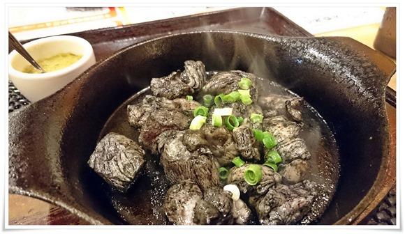 地鶏炭火焼き@うめっちゃが食堂