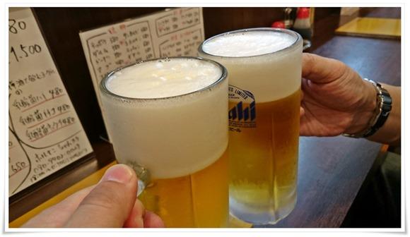 生ビールで乾杯@ホルモンちゃんスケ