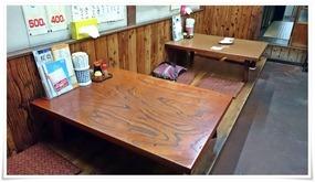 テーブル席@ぎょうざ亭たしろ