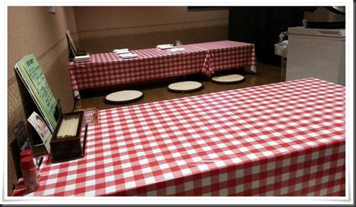テーブル席@ちゃぶ屋
