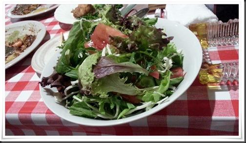 大盛り野菜サラダ