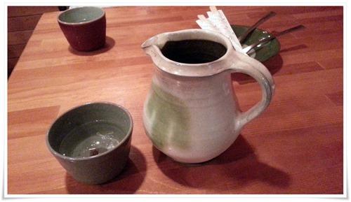 お冷の陶器の容器@喫茶 園