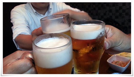 生ビールで乾杯@地どり鍋処 なんやかん屋