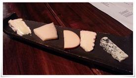 チーズの盛り合わせ@アクア・ヴィータ