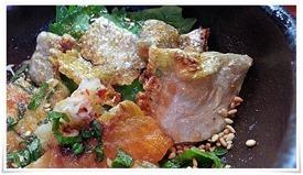 鮭の皮アップ@活魚料理 鳥勝