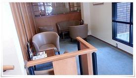 個室風のテーブル席@珈琲館 永犬丸店