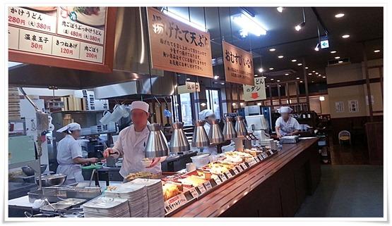 丸亀製麺 小倉店 店内の雰囲気