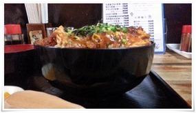 カツ丼どんぶりが深い@永ちゃん食堂