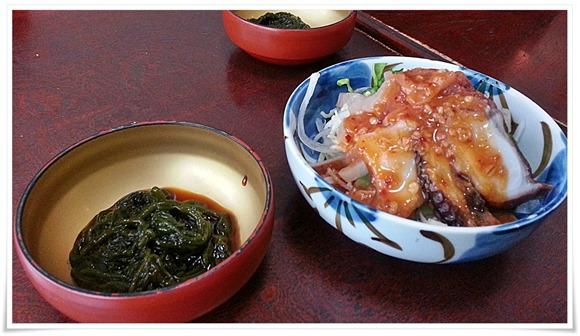 サービスの海鮮サラダ・もづく@和風レストランやひろ