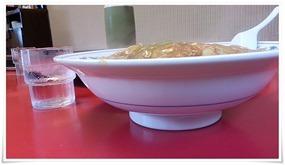 中華丼大盛り横から@中華料理 富貴亭