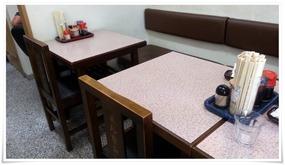 テーブル席@まんなおし食堂