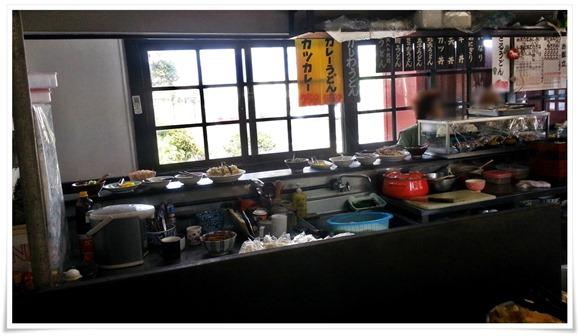 店内の雰囲気@横綱うどん 西港店