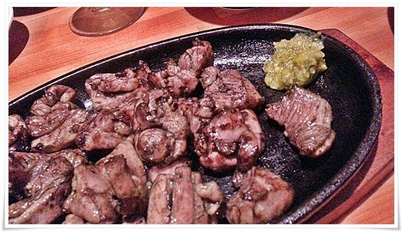 はまゆう鶏のもも焼きアップ@郷土旬彩 もも鐵 えん