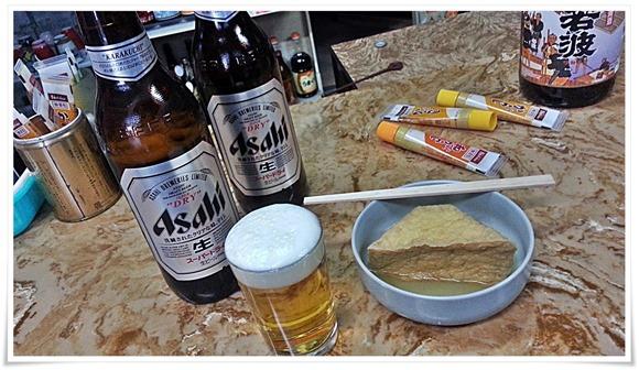 瓶ビールで乾杯@森重酒店(森重立呑所)