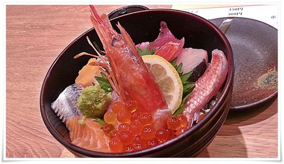 海鮮丼アップ@魚マルシェ2号店
