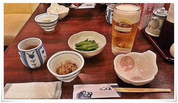 生ビール&小鉢@博多鯛めしと日本料理 石蔵