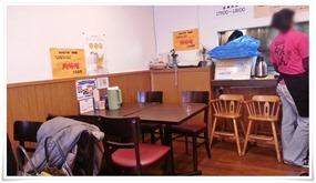奥側のテーブル席@ちゃんぽん専門店 おおむら亭